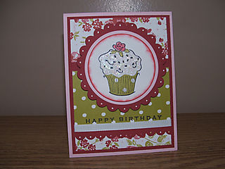 Resized red cupcake card